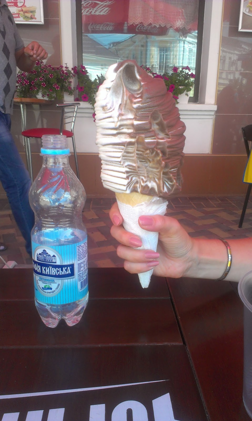 Гигантское мороженое своими руками 10