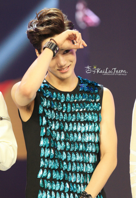 [PICTURE] Kai (EXO-K) at China Happy Camp Recording