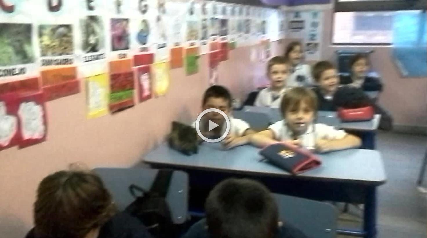 1º A - VIDEO CLASE DE INGLÉS - 2015