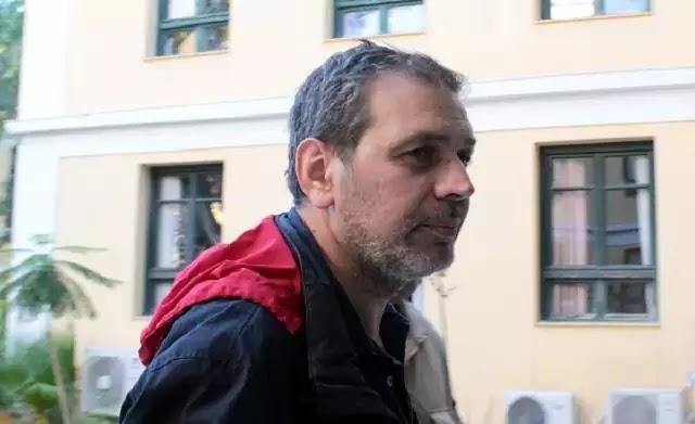 Ελεύθερος ο δημοσιογράφος Στέφανος Χίος...«Είστε ΣΥΡΙΖΟφρουροί» είπε στους αστυνομικούς της ασφάλειας Αττικής που τον συνέλαβαν