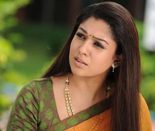 nayanatara saree pics in greekuveerudu movie4
