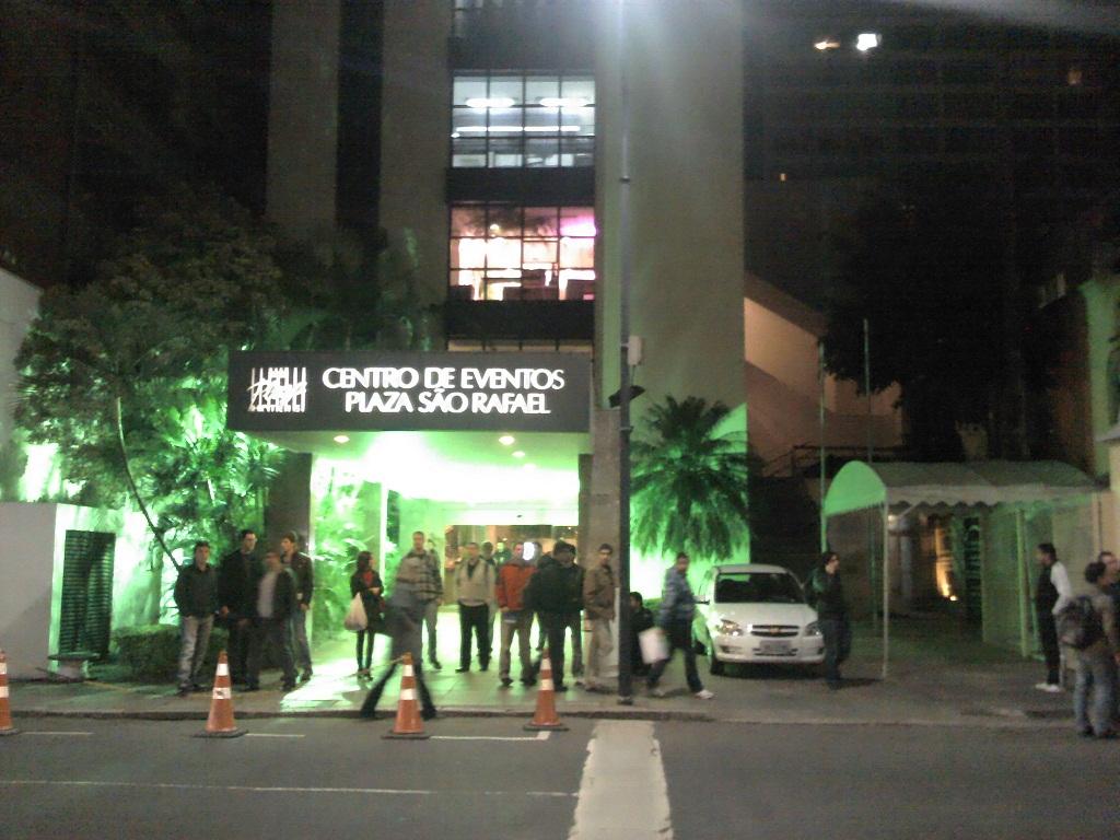 entrada hotel plaza sao rafael