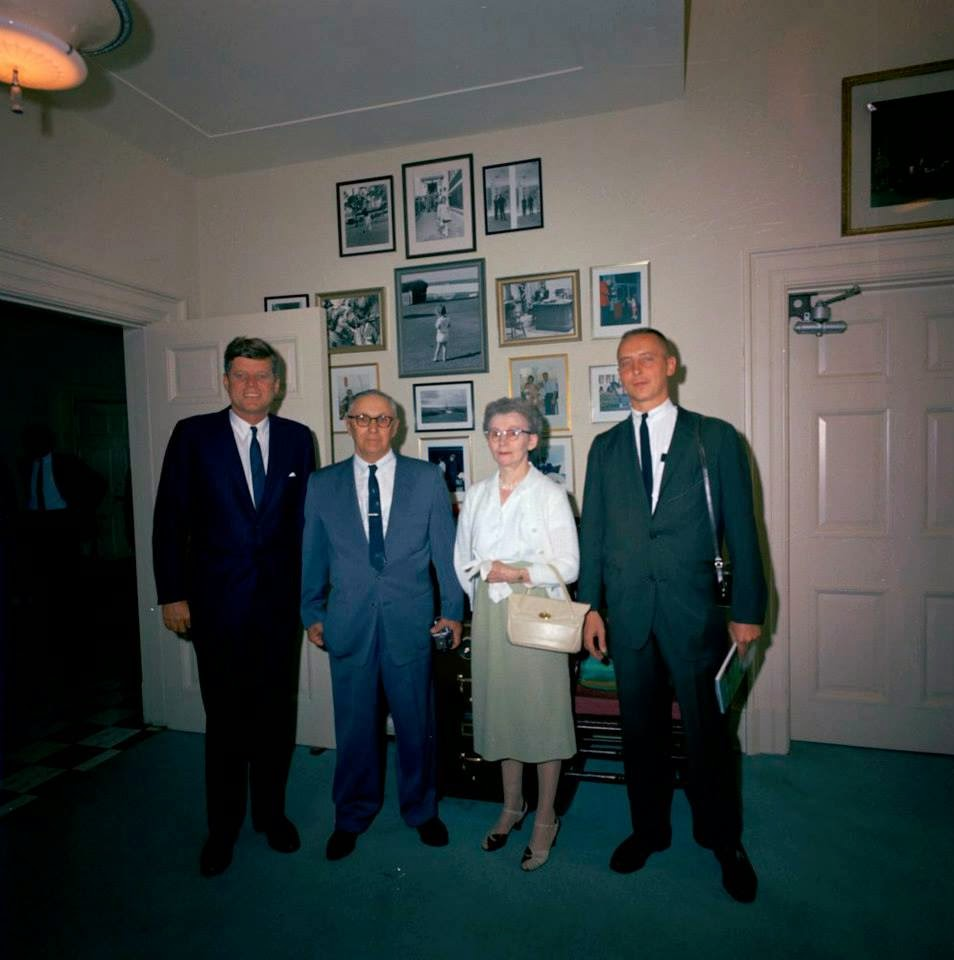 SA Ernie Olsson and parents with JFK 5/22/63
