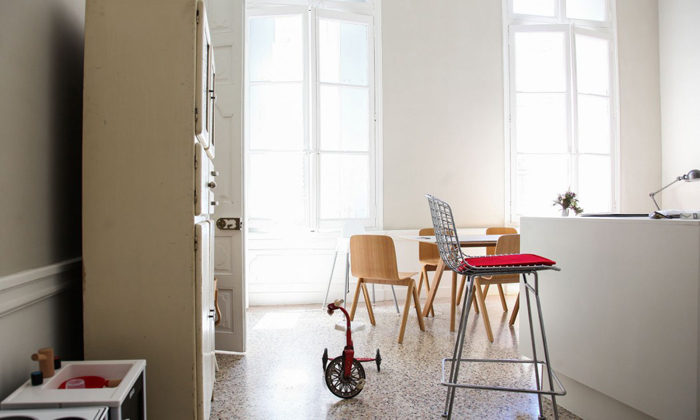 modern family house - thesocialitefamily blog - photo Constance Gennari