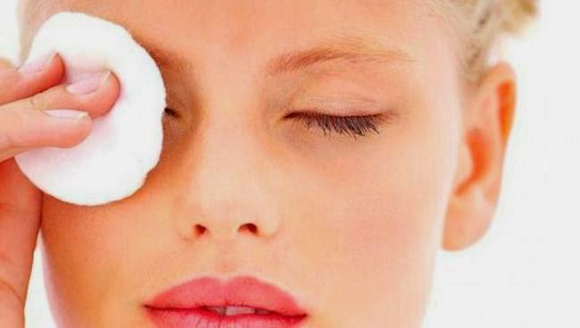 Perawatan kulit mata