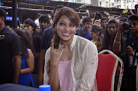 Bipasha at Mithibai College's festival Umang 2014 to promote Creature 3D