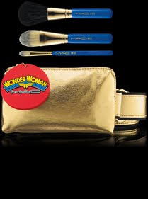 makeup brush, makeup brushes, brush, brushes, M.A.C makeup brush, M.A.C makeup brushes, M.A.C Wonder Woman Utility Belt Face Brush Set, beauty, beauty question