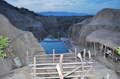 los-hoyos-desierto-la-tatacoa-sitios-turisticos-del-huila