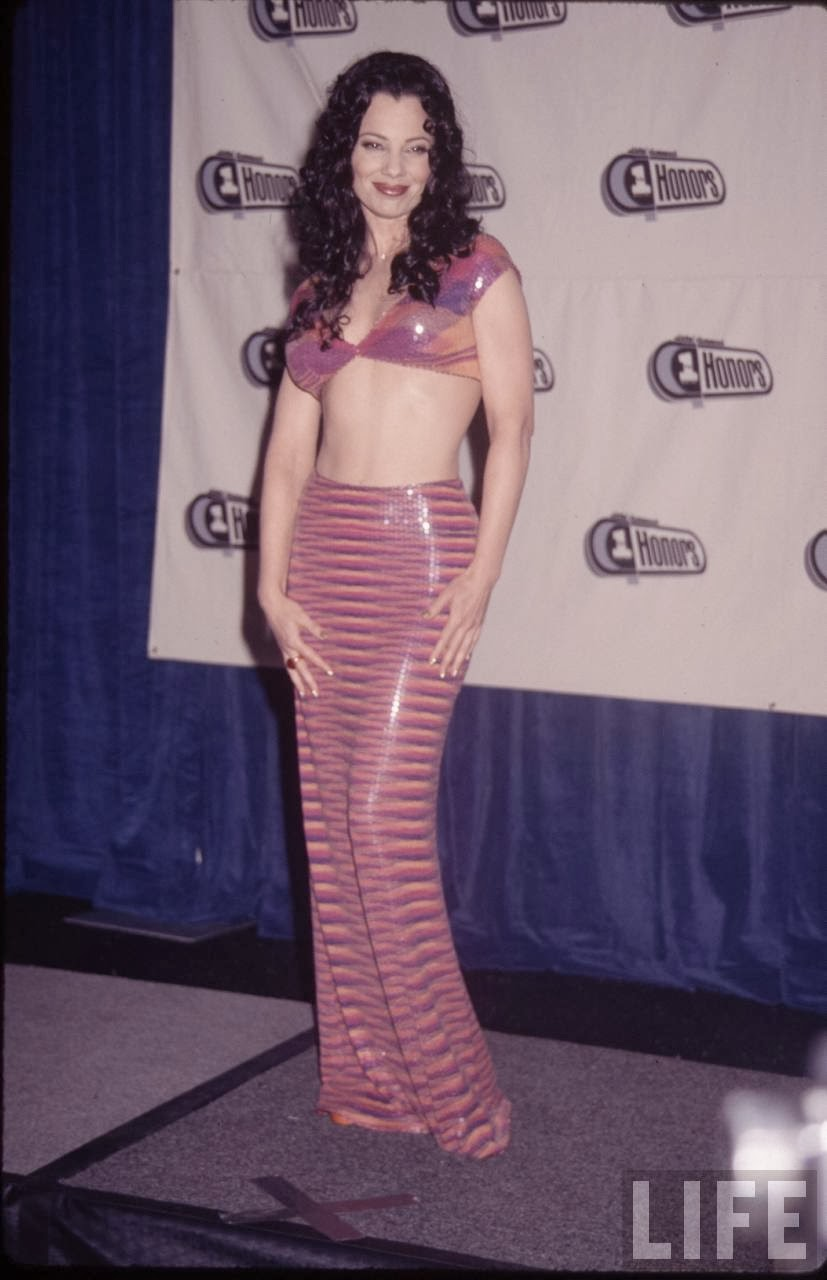 Young Pics Of Actress Fran Drescher Posing (The Nanny)