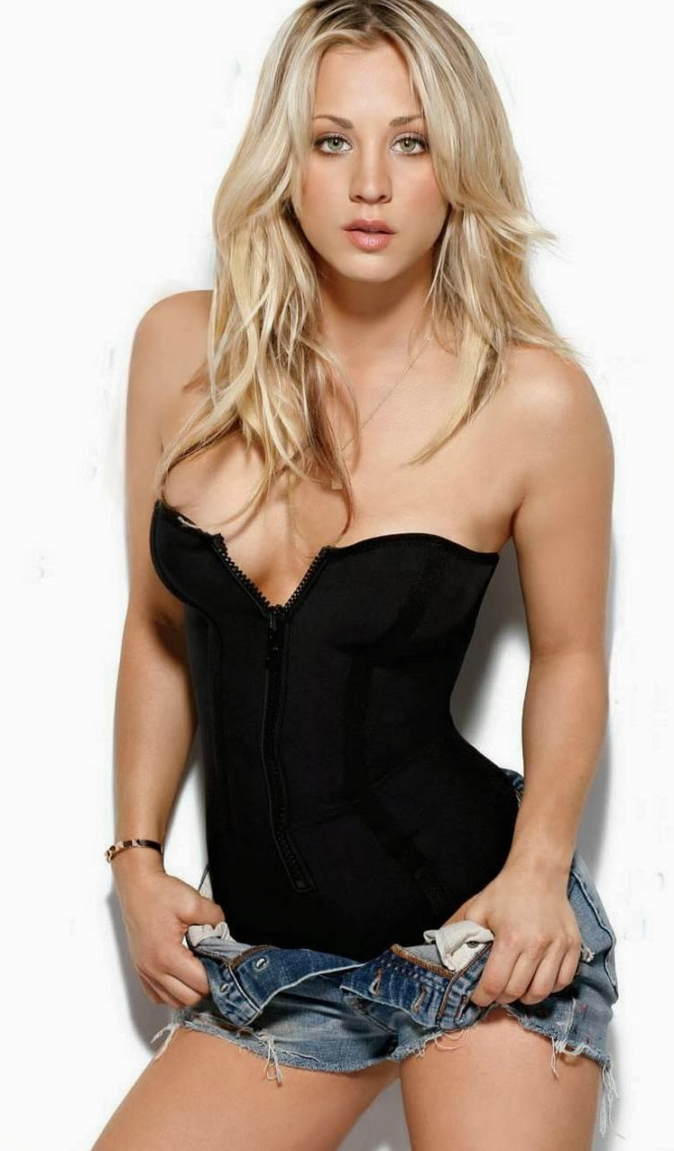 Kaley Cuoco photo 002