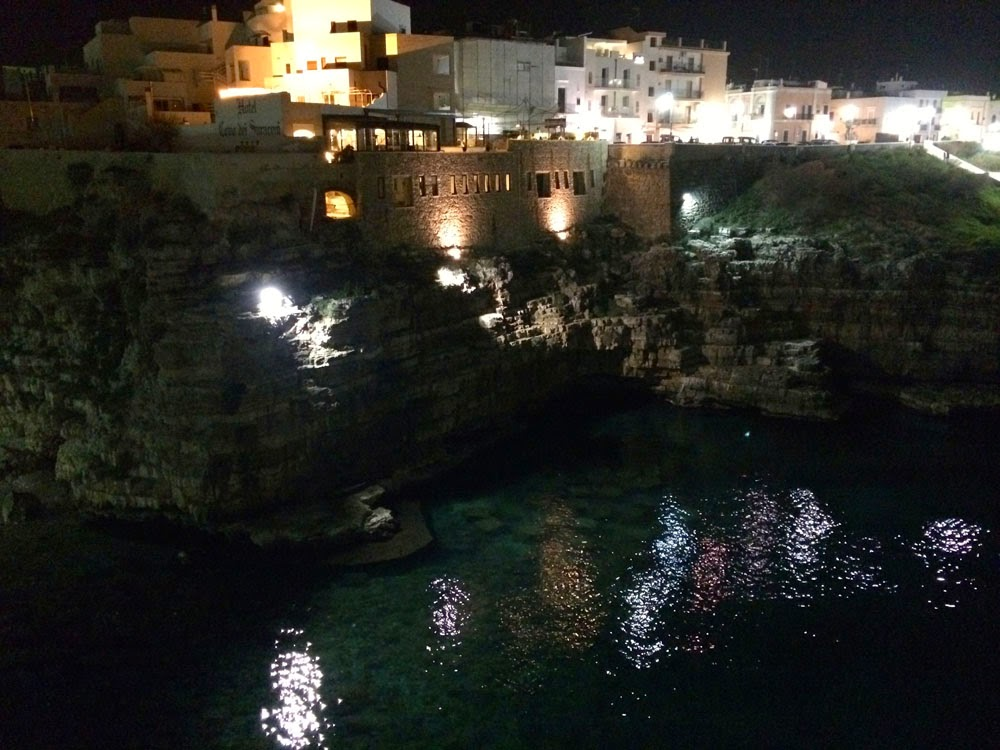 Polignano_a_mare_Puglia_sea_Luca_bianchini_italy_travel