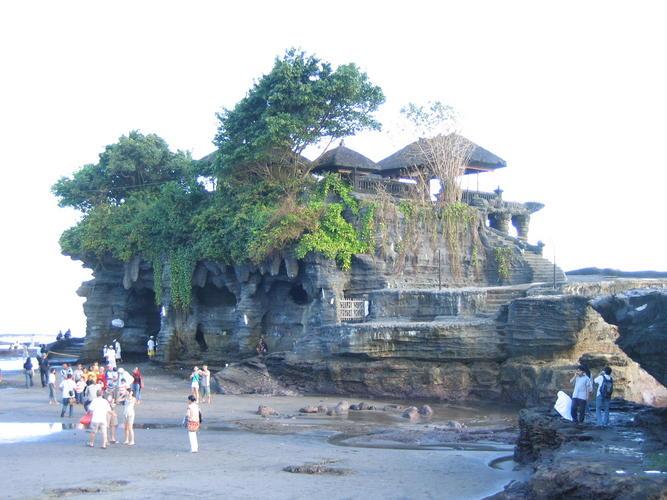 Objek Wisata Pura Tanah Lot, Tabanan Bali 3