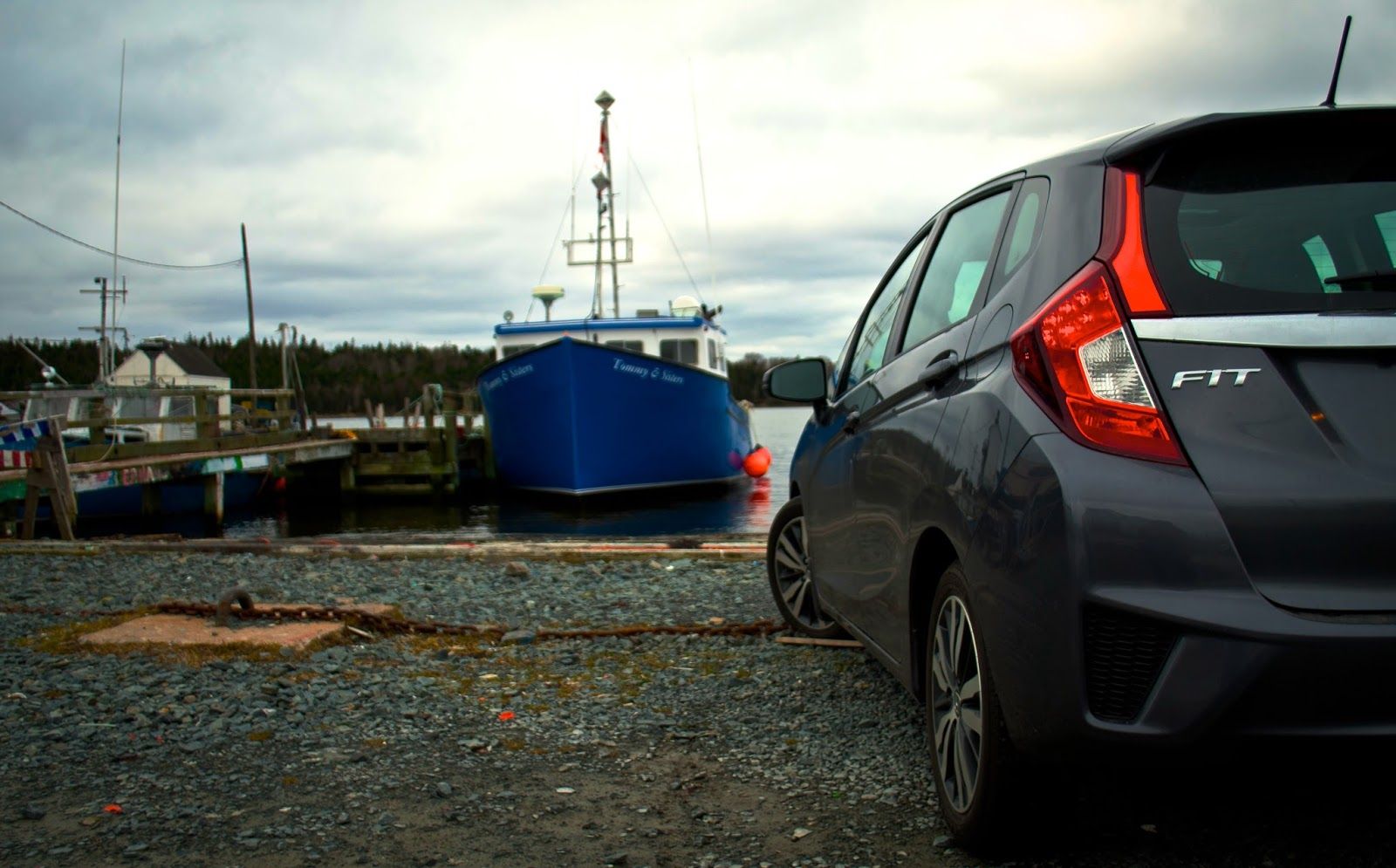 2015 Honda Fit fishing boat
