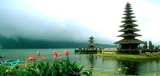 Lake Beratan, Ulundanu temple, Hindu temple in Bali