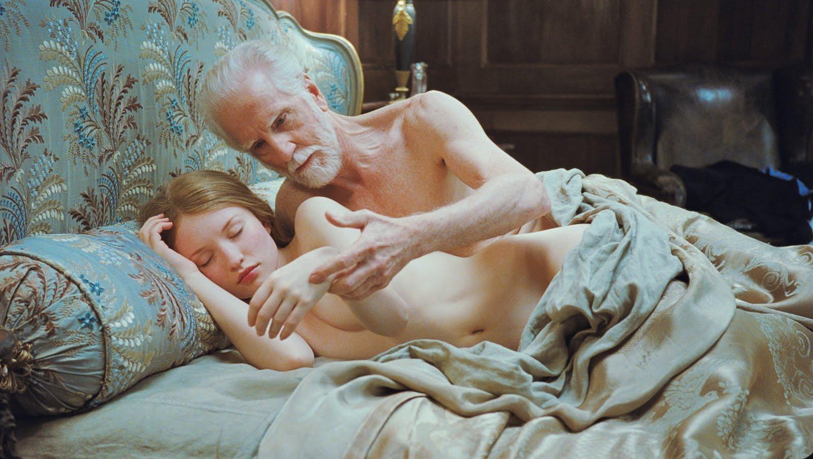 Частное фотографии голая девочка 2 фотография