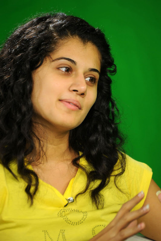 Actress Taapsee Stills Gallery glamour images