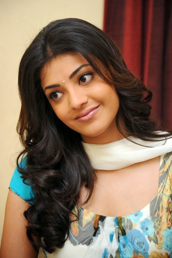 kajal agarwal height