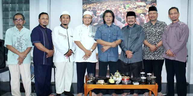 Kunjungan Ukhuwah Syawwal DPD HTI Yogyakarta dengan Tokoh-tokoh  Nasional