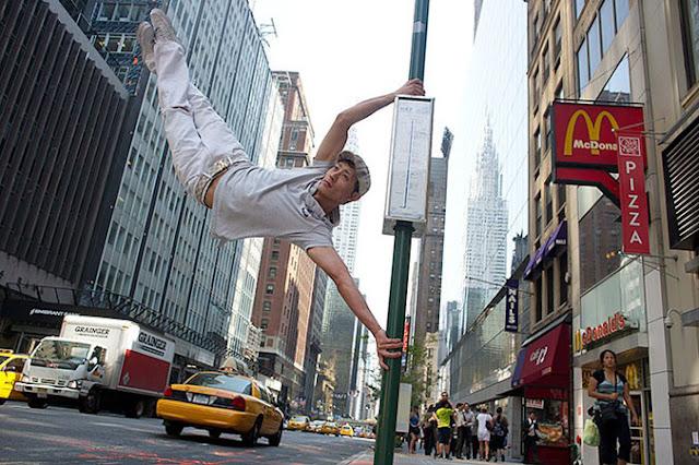 Bailarines entre nosotros – Divertidas Fotografías por Jordan Matter