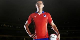 Le Chili ne déroge pas à ses couleurs traditionnelles avec ce nouveau maillot. (L'Equipe)