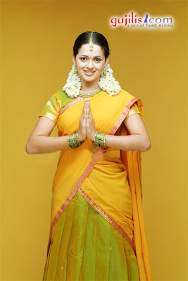 cute bhavana in half saree south indian actress bhavana