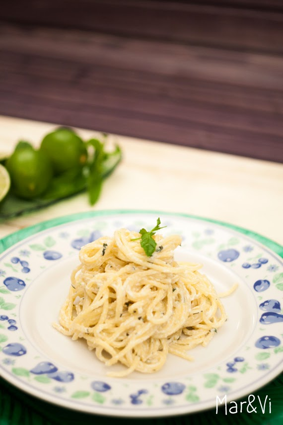 Receta espaguetis con requesón y menta