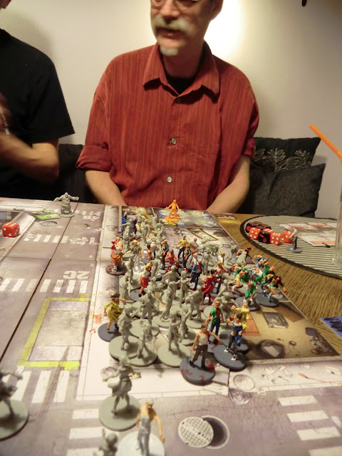 Zombicide Game play scenario Switch city survivors zombie
