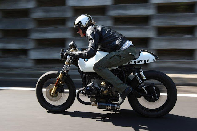 BMW R45 Cafe Racer | BMW Cafe Racer | BMW Cafe Racer for sale | BMW Cafe Racer seat | BMW Cafe Racer parts | BMW Cafe Racer project | BMW Cafe Racer images | BMW Cafe Racer exhaust | by Franz Garage