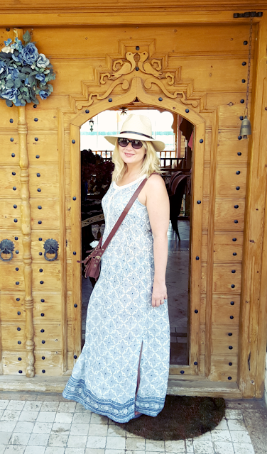 TRAVEL STYLING: Turkish Delight – A Daytime to Evening Versatile Maxi-Dress
