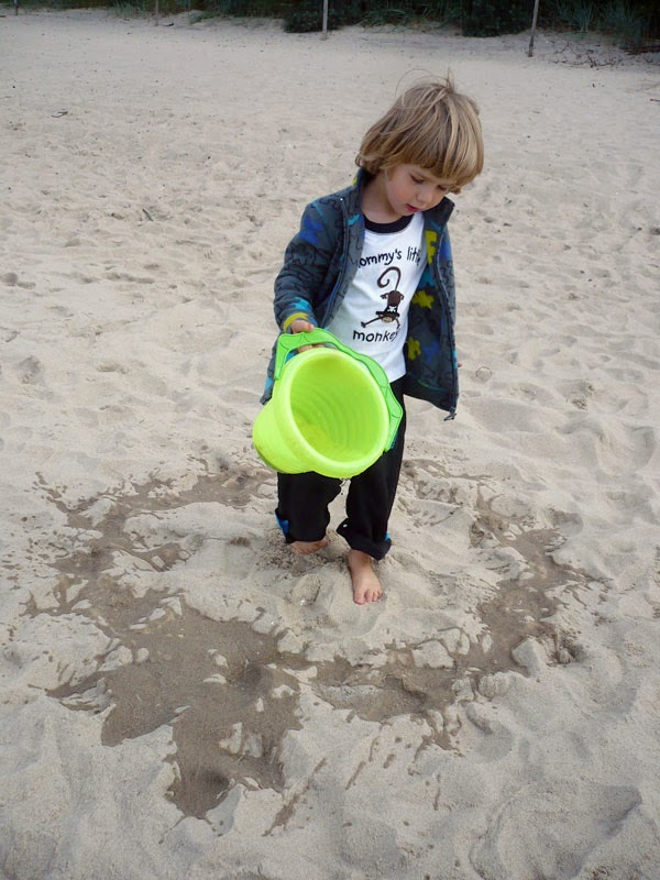 http://emilowowarsztatowo.blogspot.com/2012/09/recycling-art-nadmorski.html