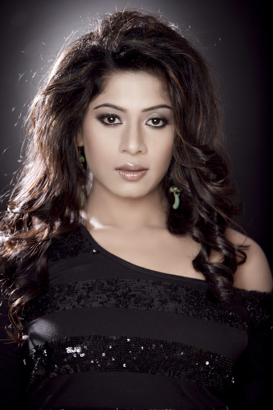 Actress Meenal Stills Gallery Photoshoot images