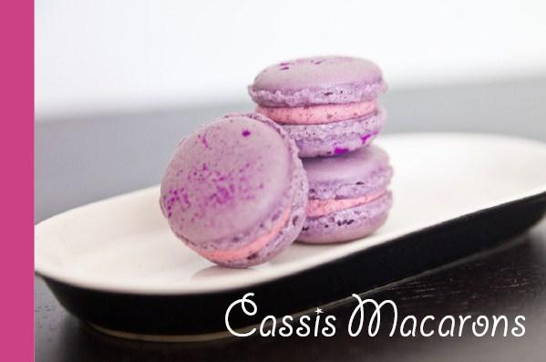 cassis macarons mit rezept. Black Bedroom Furniture Sets. Home Design Ideas