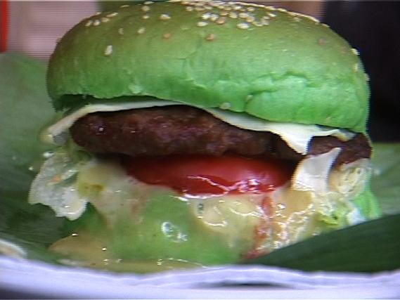 Ini Burger Yang Penuh Gizi Dan Lezat Rasanya