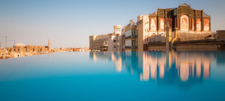 Detallelogia piscinas espectaculares creadas por el for Piscinas oporto