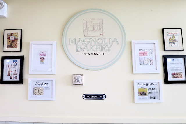 new york city, magnolia bakery, cupcakes, interior, nyc