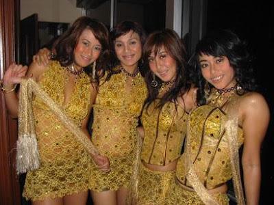 http://1.bp.blogspot.com/-yOQ19VigTs0/TWy4sWNV3rI/AAAAAAAAAdM/zyIwHjea_64/s400/SPG+Seksi+Semarang+%25282%2529.jpg
