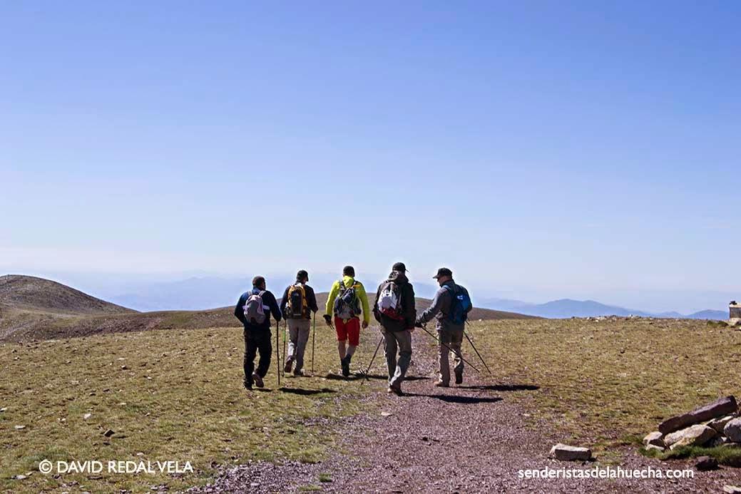 Senderistas de la Huecha Moncayo Pico San Miguel