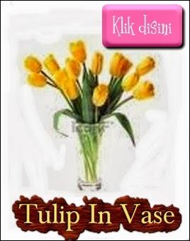 tulip in vase=