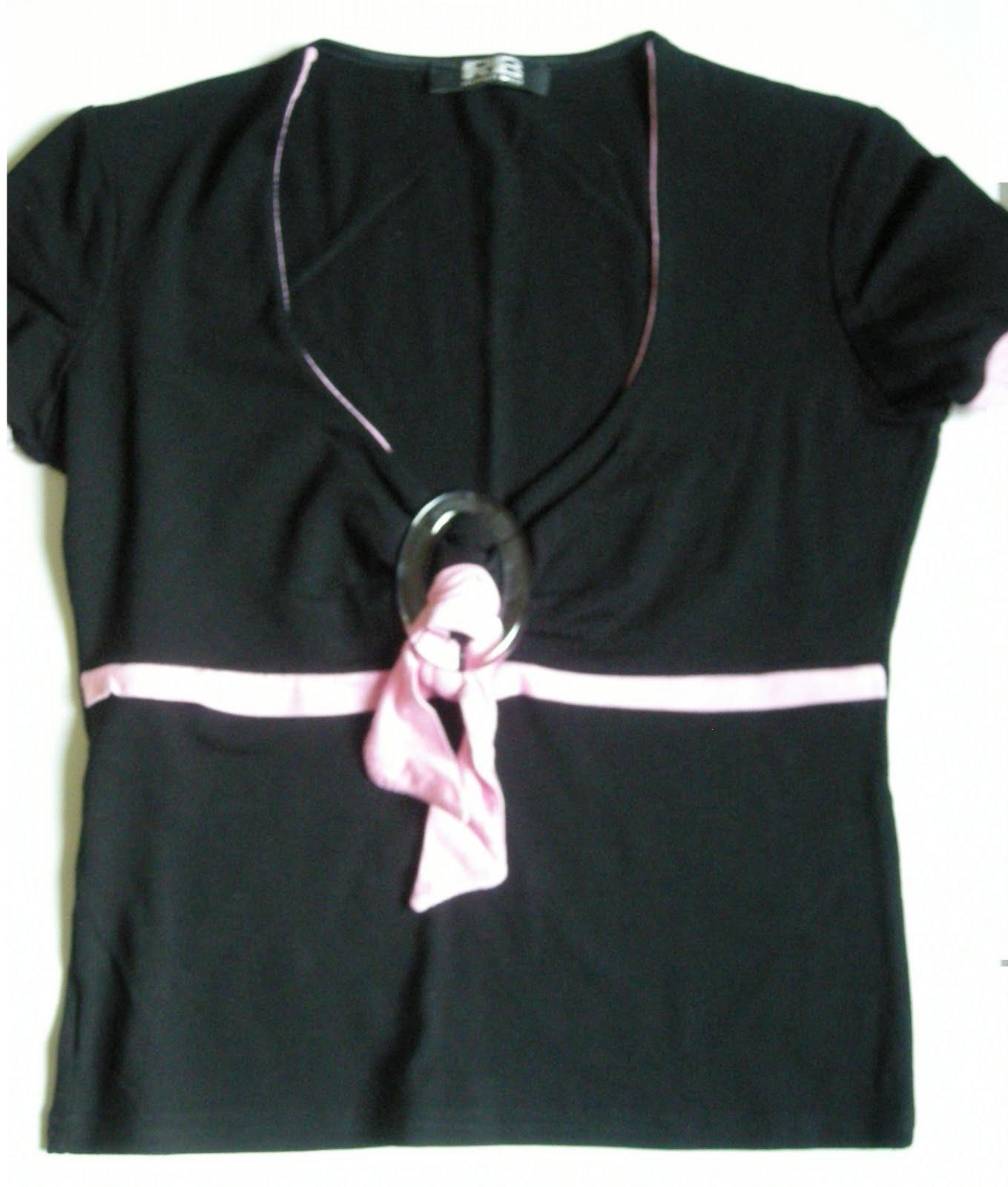 vetement discount dans vide dressing de Flora : RECTANGLE BLANC - Haut noir et rose - T2 - NEUF