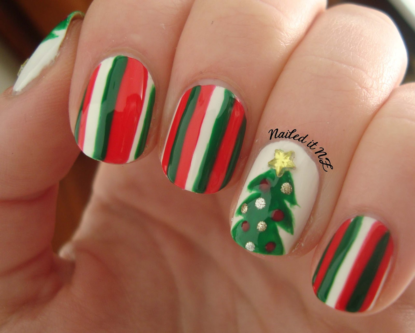 Nail art for short nails #4 - Christmas tree nails + Mosaic nails ...