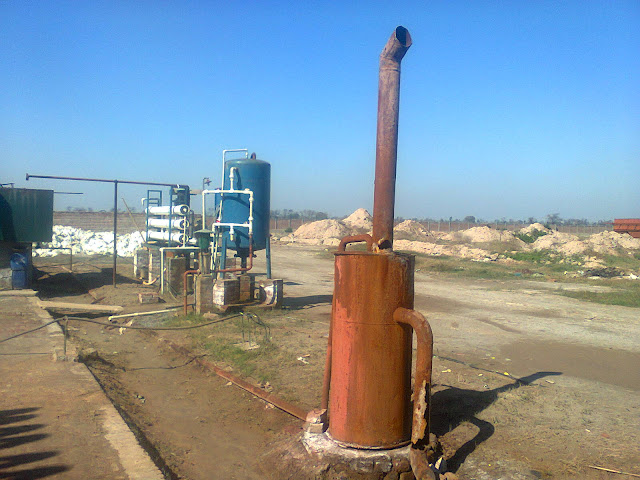 Sulfuric Acid Plant in Pakistan 100 Metric ton daily production by contact process single absorption, image by irfan ahmad plant operator, waste esteem out cylinder
