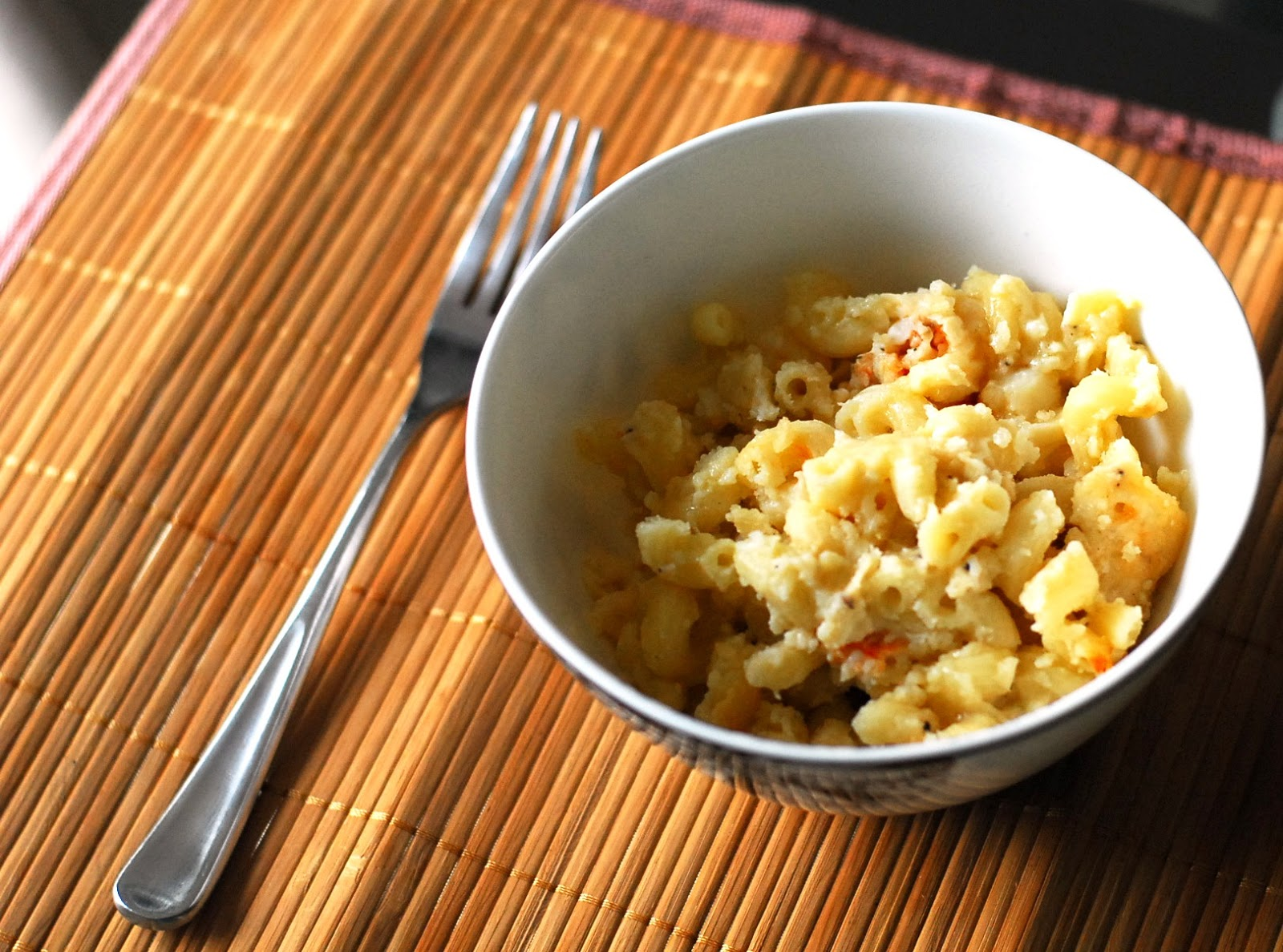 Cooking With Wine (In A Fishbowl-Sized Glass): Lobster Mac and Cheese