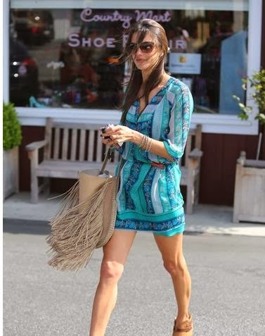 The blue summer dresses from Alessandra Ambrosio have caught our eyes.