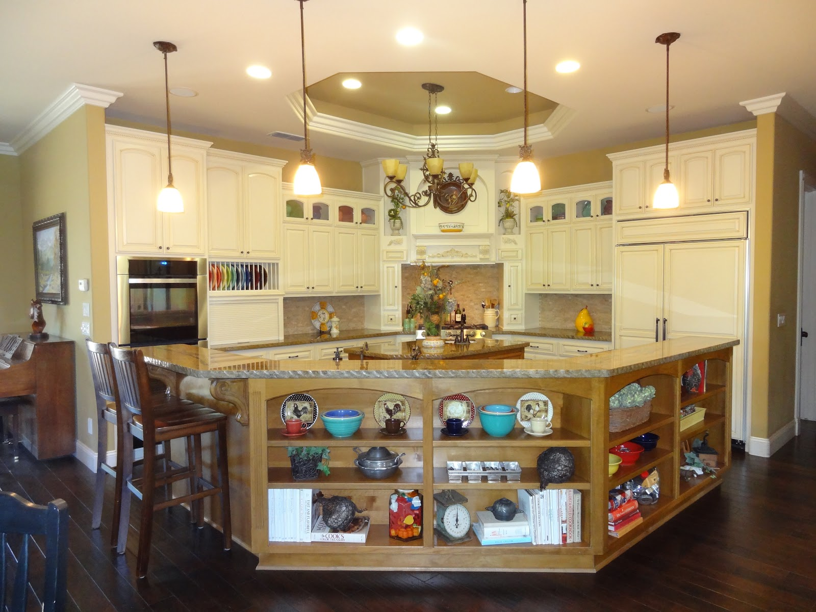 Jo Traveler Kitchen accents need to be simple and few