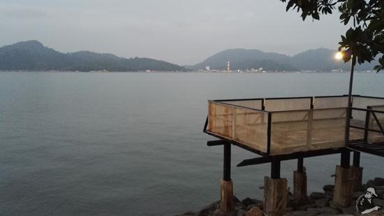 Lokasi memancing di Teluk Batik