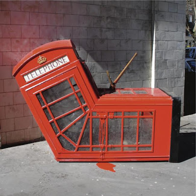 18 Creative and Unusual phone Booths (27) 20
