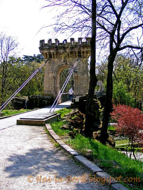 podul suspendat parc romanescu craiova