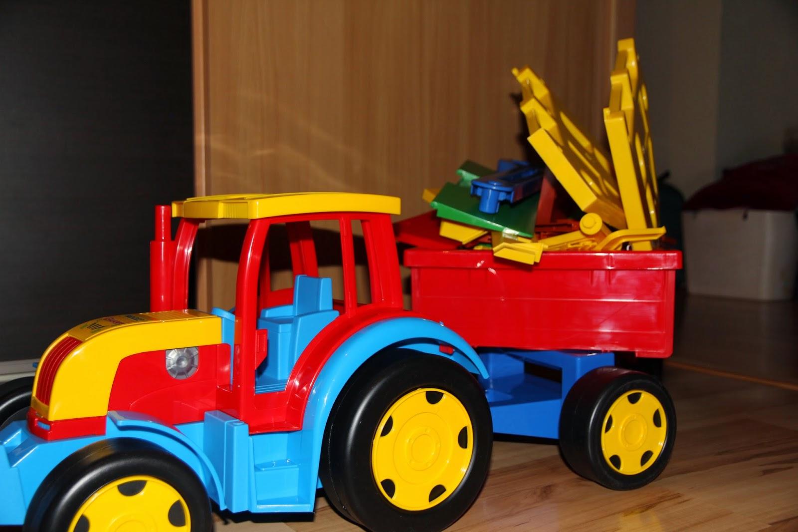 Bajka o traktorze tomie