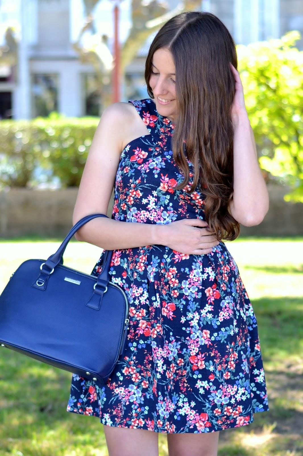 looks vestido flores stradivarius ss15