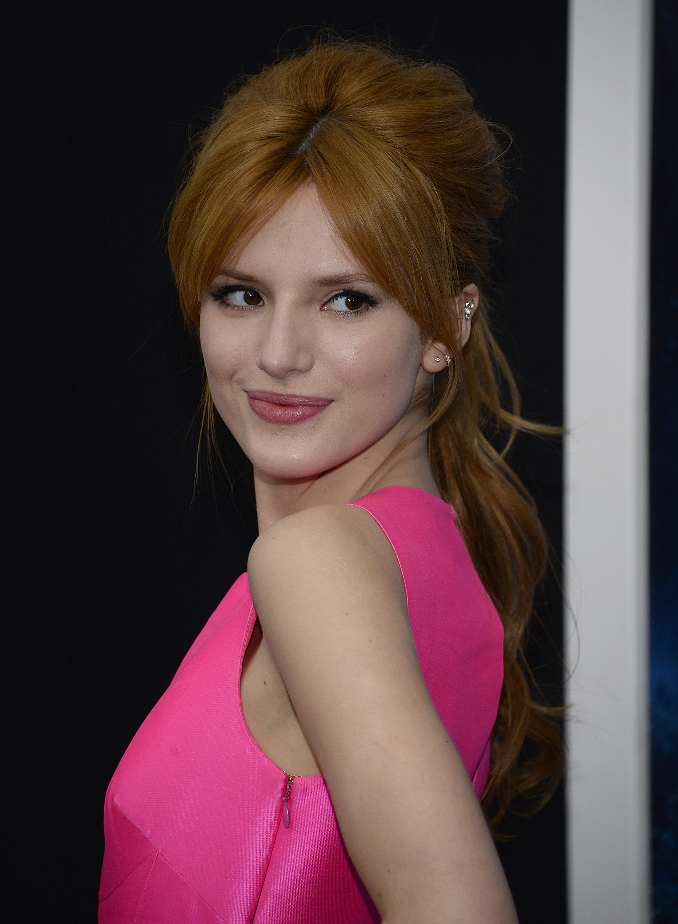 Bella Thorne pictures gallery (225) | Film Actresses